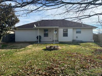 1141 N HILTON AVE, Springfield, MO 65803 - Photo 2
