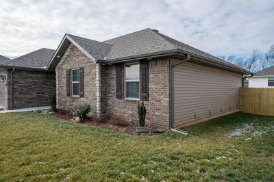 5674 W PECAN ST, Springfield, MO 65802 - Photo 2