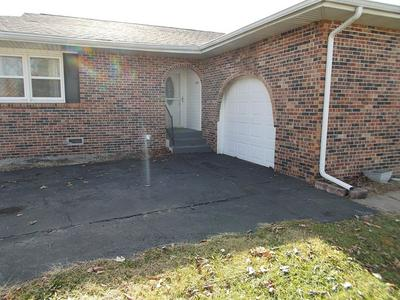 1654 W COMMERCIAL ST, BUFFALO, MO 65622 - Photo 2
