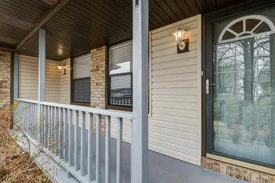 828 N WASHINGTON ST, STRAFFORD, MO 65757 - Photo 2