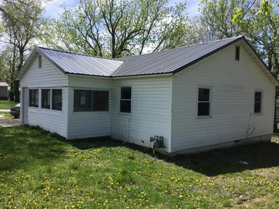 501 N ASH AVE, Mansfield, MO 65704 - Photo 2