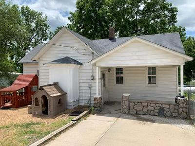5311 COLLEGE ST, Morrisville, MO 65710 - Photo 1