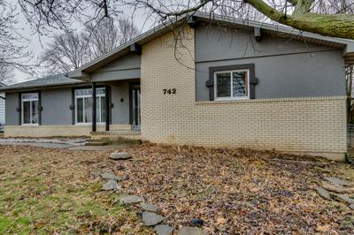 742 E SMITH ST, SPRINGFIELD, MO 65803 - Photo 2