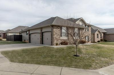 3130 N ALBERTHA AVE, Springfield, MO 65803 - Photo 2