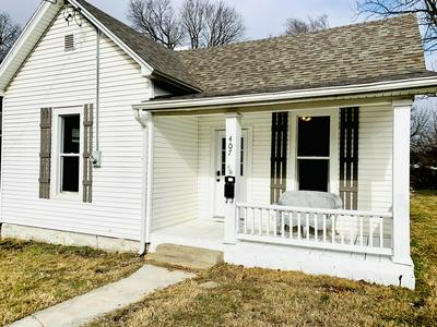 407 E TURNER ST, Springfield, MO 65803 - Photo 1