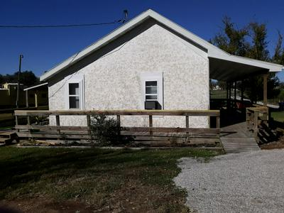 801 N BROAD AVE, Mansfield, MO 65704 - Photo 2