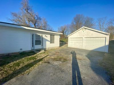1432 N WEST AVE, SPRINGFIELD, MO 65802 - Photo 2