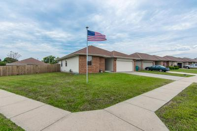 1121 N NOLTING AVE, SPRINGFIELD, MO 65803 - Photo 2