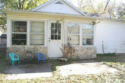 103 BEEMAN ST, PINEVILLE, MO 64856 - Photo 2