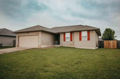 106 CHERRY AVE, Clever, MO 65631 - Photo 1