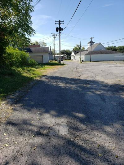 103 N OHIO ST, Humansville, MO 65674 - Photo 2