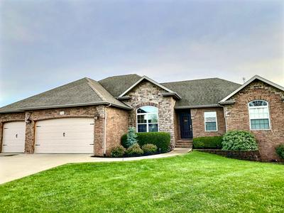 3739 N MEADOWGATE CT, Springfield, MO 65803 - Photo 2