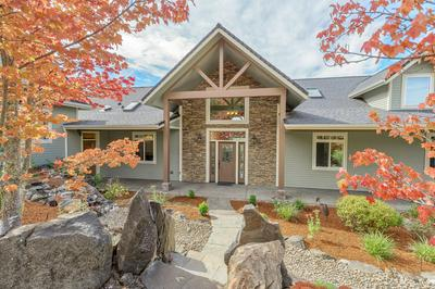 187 BLUE CHIP LN, Grants Pass, OR 97527 - Photo 1