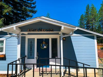 105 STRINGER GAP RD, Grants Pass, OR 97527 - Photo 2