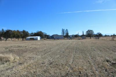 16142 ANTIOCH RD, White City, OR 97503 - Photo 2