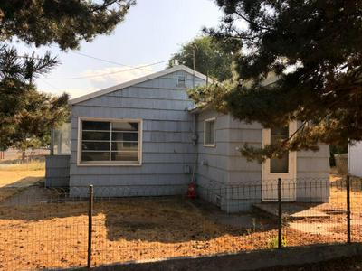 710 SE MCTAGGART RD, Madras, OR 97741 - Photo 2