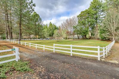 6999 CROWFOOT RD, Trail, OR 97541 - Photo 2