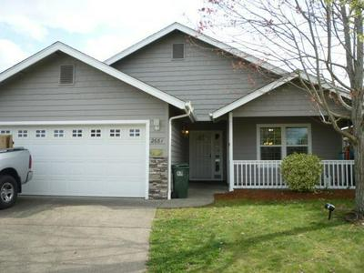 2681 RAYDEAN DR, GRANTS PASS, OR 97527 - Photo 2