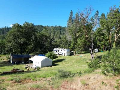 200 BOLT MOUNTAIN RD, Grants Pass, OR 97527 - Photo 1