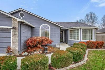 2411 BEEBE RD, Central Point, OR 97502 - Photo 2
