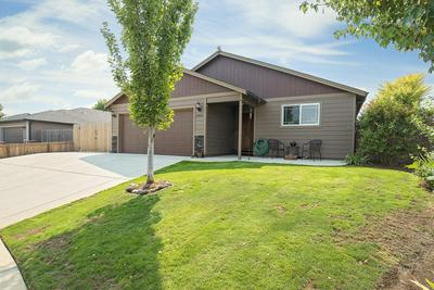 3424 TRENT AVE, White City, OR 97503 - Photo 2