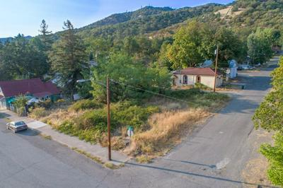 505 4TH AVE, Gold Hill, OR 97525 - Photo 1