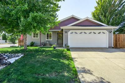 3858 AGATE MEADOWS CT, White City, OR 97503 - Photo 2