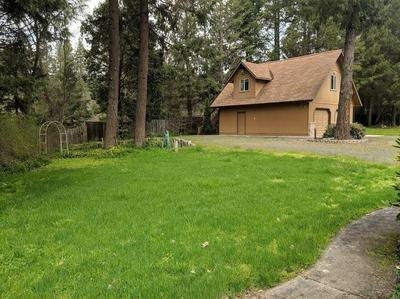 6219 E EVANS CREEK RD, ROGUE RIVER, OR 97537 - Photo 2