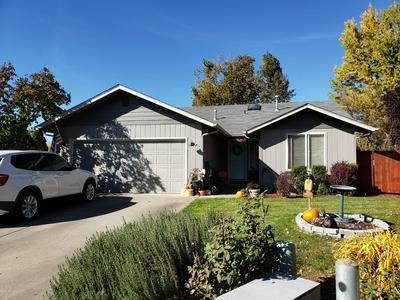 1364 STAR CT, Grants Pass, OR 97527 - Photo 1