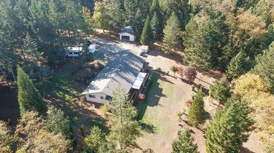 6176 NEILL RD, Grants Pass, OR 97527 - Photo 2