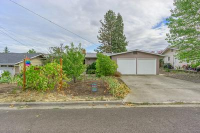 873 OLYMPIC AVE, Medford, OR 97504 - Photo 1