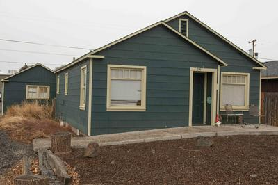 799 NW 2ND ST, Prineville, OR 97754 - Photo 1