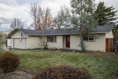 101 SKY CREST DR, Grants Pass, OR 97527 - Photo 1