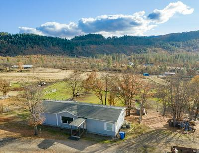 11274 BUTTE FALLS HWY, Eagle Point, OR 97524 - Photo 2