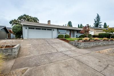 1826 INVERNESS DR, Medford, OR 97504 - Photo 2