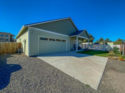 2377 NE BLACK BEAR CT, Prineville, OR 97754 - Photo 1