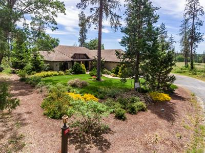 903 NICKLAUS POINT LN, Grants Pass, OR 97526 - Photo 1