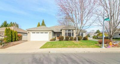 3429 CREEK VIEW DR, MEDFORD, OR 97504 - Photo 1