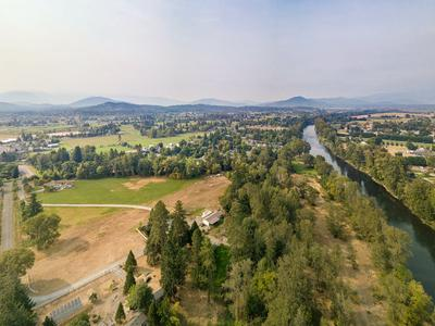 3130 S RIVER RD, Grants Pass, OR 97527 - Photo 1