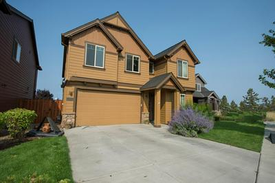 469 NW 29TH ST, Redmond, OR 97756 - Photo 2