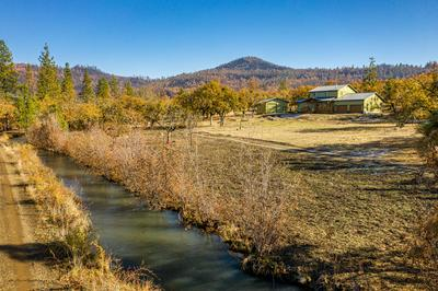 5000 BUTTE FALLS HWY, Eagle Point, OR 97524 - Photo 2