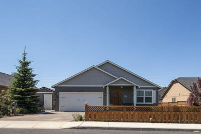183 SW 34TH LN, Redmond, OR 97756 - Photo 2