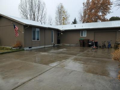 1240 SE 6TH ST, Prineville, OR 97754 - Photo 1