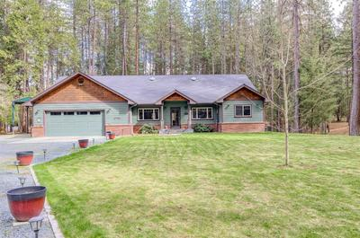 6442 E EVANS CREEK RD, Rogue River, OR 97537 - Photo 2
