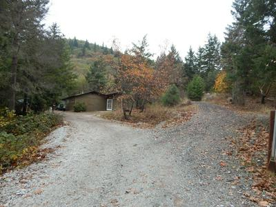2727 BOARD SHANTY RD, Grants Pass, OR 97527 - Photo 1