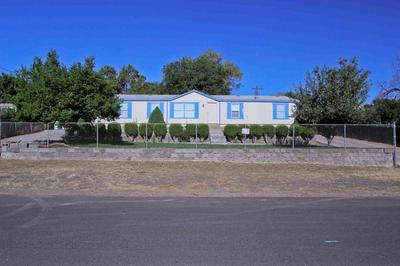862 SW 2ND ST, Madras, OR 97741 - Photo 1