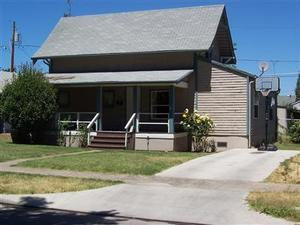 710 PALM ST, Medford, OR 97501 - Photo 1