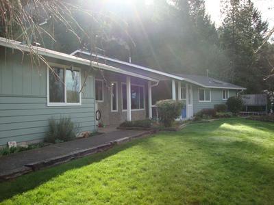 1260 E EVANS CREEK RD, Rogue River, OR 97537 - Photo 1