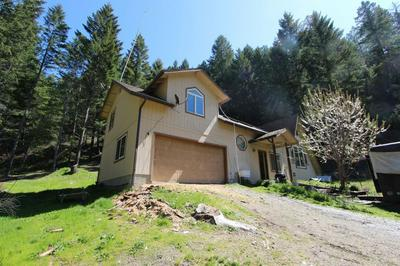 8386 LOWER GRAVE CREEK RD, Wolf Creek, OR 97497 - Photo 2