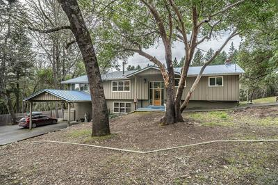 1861 WAGON TRAIL DR, JACKSONVILLE, OR 97530 - Photo 2